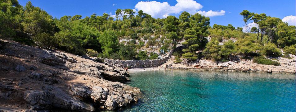Vrboska isola di hvar croazia adria databanka for Appartamenti isola hvar